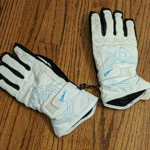 Nomis snowboarding/ski gloves